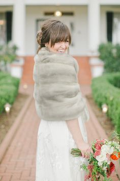 fur wrap | @caroline k. Joy + @Nancy Ray #wedding