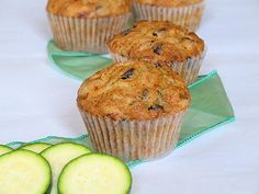 chip muffin, muffins, zucchini recip, chocolate chips, chocolates, food, breakfast, bread, chocol chip