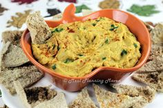 Butternut 'n Pumpkin Hummus l Meal Planning Maven #butternutsquash #pumpkin #autumnrecipes #partyfood #hummus #healthysnackrecipes Easy, flavorful and healthy snack or party nibble!