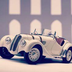 "@Blabla Car's photo: ""1936 BMW 328 #tbt #vintage #cars"""