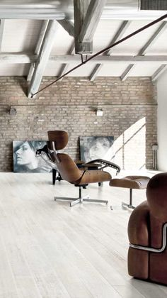 interior design, living rooms, inspiration, lofts, floors, open spaces, lounge chairs, furniture decor, industrial design