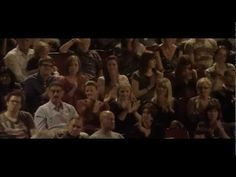 ▶ Adele - Chasing Pavements (Live At The Royal Albert Hall DVD) - YouTube
