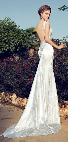 Glamorous Wedding Dress glamorous dresses, wedding dressses, bridal collection, bridal dresses, pastel weddings, glamorous wedding, dream wedding, stunning wedding dresses, elegant wedding