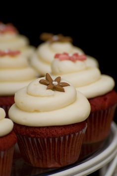 Looking for cupcake ideas for my daughters wedding-cute