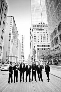 The groom & groomsmen. Photo by Randi #MinneapolisWeddingPhotography #Groom #Groomsmen