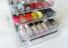 Storage for nail polishes