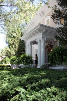 Lovely portico entry
