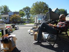 tips for hosting a garage sale