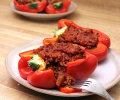 These sloppy joe stuffed peppers make a great gluten-free, paleo dinner for the whole family! http://stalkerville.net/ #paleo