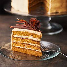 MY BDAY CAKE: Pumpkin layer cake with chocolate ganache and salted caramel cream cheese frosting