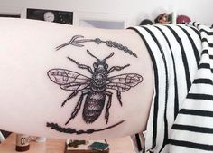 Bee and Lavender done by Luci at Tatouage Royal in Montreal. Uploaded to fuckyeahtattoos.tumblr.com