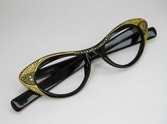 I have lots of vintage eyewear like this from my dad's shop before he retired!