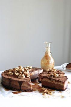 Raw Chocolate Fudge & Banana Cake