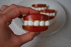 This fun snack can be used during an ocupation week in preschool. Slice apples, peanut butter or marsh mellow sauce and marsh mellows to make your own mouth!