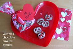 Valentine's Day Chocolate Covered Pretzels--The Peaceful Mom