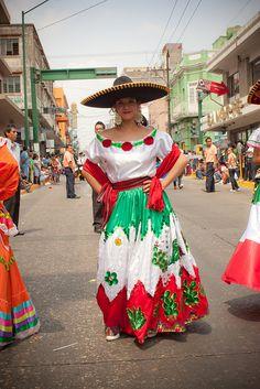 trajes de mexico tipicos | traje tipico mexicano | Flickr - Photo Sharing!