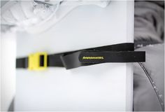 ULTRALIGHT SNOWBOARD CARRY SYSTEM--function