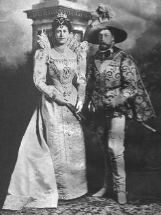 KING GEORGE & QUEEN MARY AT A FANCY DRESS BALL,1895