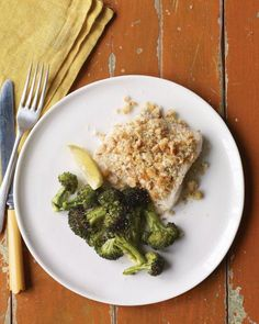 Sheet-Pan Suppers // Baked Fish with Herbed Breadcrumbs and Broccoli Recipe