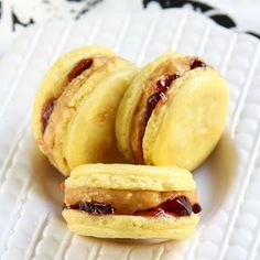 Elvis Macarons - Banana, Peanut Butter & Jelly