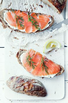 rosemary + salmon + cream cheese + bread