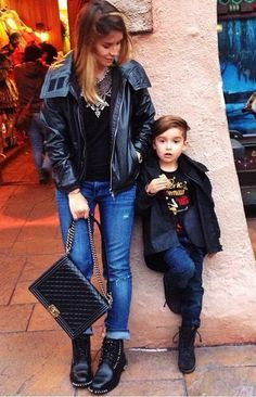 Alonso Mateo & @LuisaFere rock nonchalants denim /leather looks.