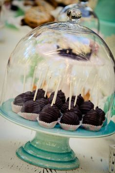 Love this cake stand