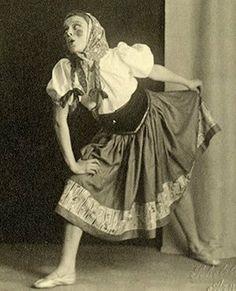 Audrey Hepburn during a dance recital in Arnhem, Holland, circa 1944