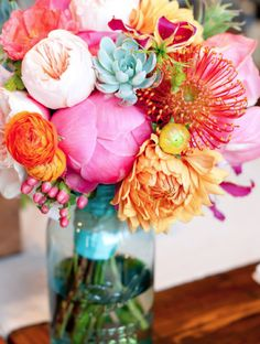 Love the colors. Fun spring color - Wedding Ideas