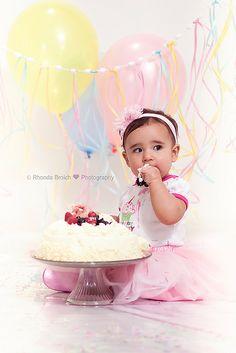 """smash the cake""; baby; birthday"