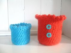 Pattern for a Cheery jam-Jar Cover - free crochet pattern