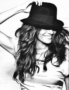 #fashion #hat #style #bellamumma FOR MORE FASHION INSPIRATION visit www.bellamumma.com