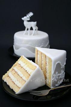 Dimitrana S. Зимна вита торта Vertical Layers