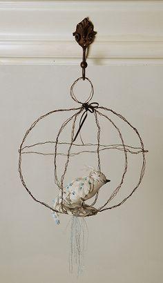 wire ball bird cage