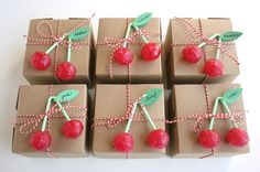 Cherries as a summer giftwrapping.