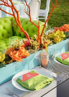 Neon table scape - party decorations