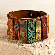 leather cuff bracelet.....LOVE THIS!