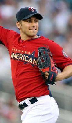 Well hello, Zach Parise in baseball pants.