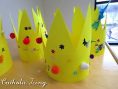 """Easy Bible craft for the letter """"K""""- dress up like a King! :-)"""