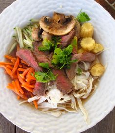 Thai Noodle Bowl with Beef - a refreshing summer soup with lots of veggies. (Great with leftover steak.) #smarterbeef