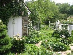 via Matthews House and Garden