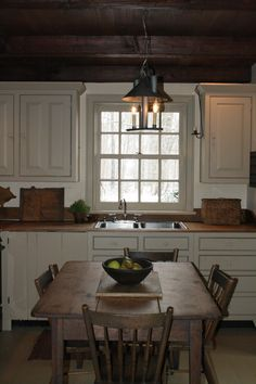 beautiful country kitchen         **** cottag kitchen, farmhouse table, countri kitchen, farm kitchens, wood ceilings, walnut kitchen, country kitchens, kitchen ideas, kitchen tabl