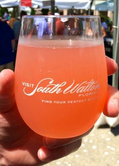 Pink Bikini cocktail - the perfect beach cocktail!