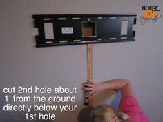 mounting_tv_on_wall_how_to_hoh_16 by benhepworth, via Flickr