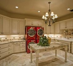 WOW....dream laundry room for sure!redishade.com