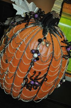 Lots of fun and different pumpkin decorating ideas