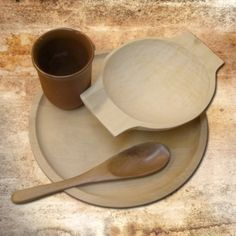a common medieval table ware set