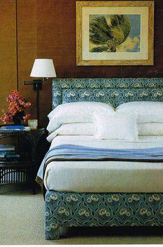 Upholstered patterned bed