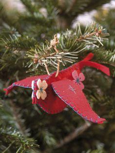 Felt Bird Ornaments - Christmas Crafts for Kids on HGTV