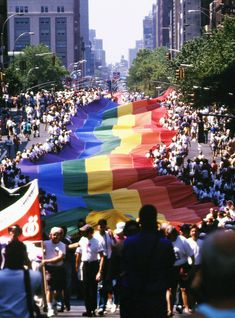 From Stonewall To Pride 50: The History Of The Pride Parade+#refinery29uk